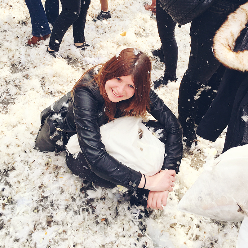 International pillow fight amsterdam, kussengevecht, amsterdam, dam