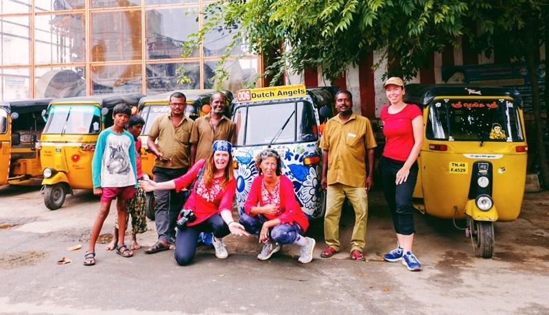 Rickshaw Challenge dag 5 poseren met de Rickshaw