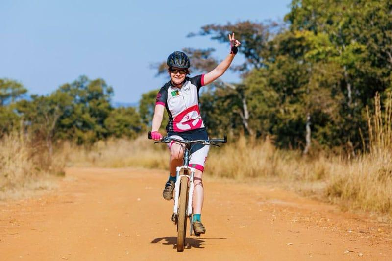 fietsen door zambia met cycle for plan, fietsen door zambia, fietsen zambia, cycle for plan, cycle for plan met plan nederland, plan nederland, fietsen en mountainbiken, wereld fiets dag