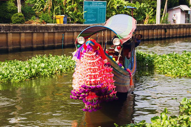 Longtail boot Kongs, Co van Kessel, Fietsen in Bangkok