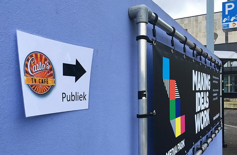 Carlo's TV café, tv opname, live opname, rtl 4, tv cafe, carlo boszhard, carlos tv cafe, bucket list, bucket list blog, stripe away, publiek, studio 19, media park, media park hilversum