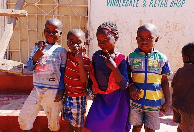 Sloppenwijken Lusaka, lusaka zambia, zambia, lusaka, plan nederland, cycle for plan, cycle for plan zambia, bezoek plan projecten, plan international, sloppenwijken, slumbs, slumbs zambia, slumbs lusaka,