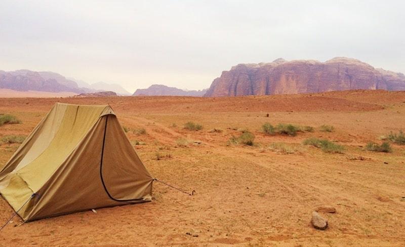 jordanie, slapen in de wadi rum woestijn, wadi rum woestijn, wadi rum slapen, reizen door jordanie, magische plek,