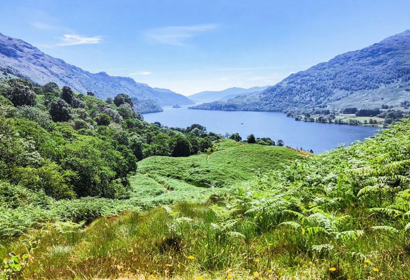 Uitzicht Loch Lomond vanaf de West Highland Wa