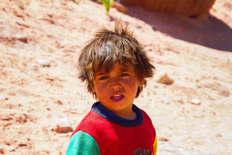 we are all human, human, jordanie, jordan, petra, wereldwonder, mensen, portret,