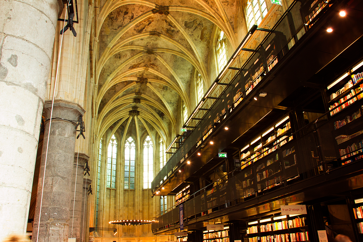Maastricht Boekenhandel Dominicanen, boekenhandel maastricht, boekenhandel, maastricht, dominicanen, oude dominicanenkerk, oude dominicanenkerk maastricht,