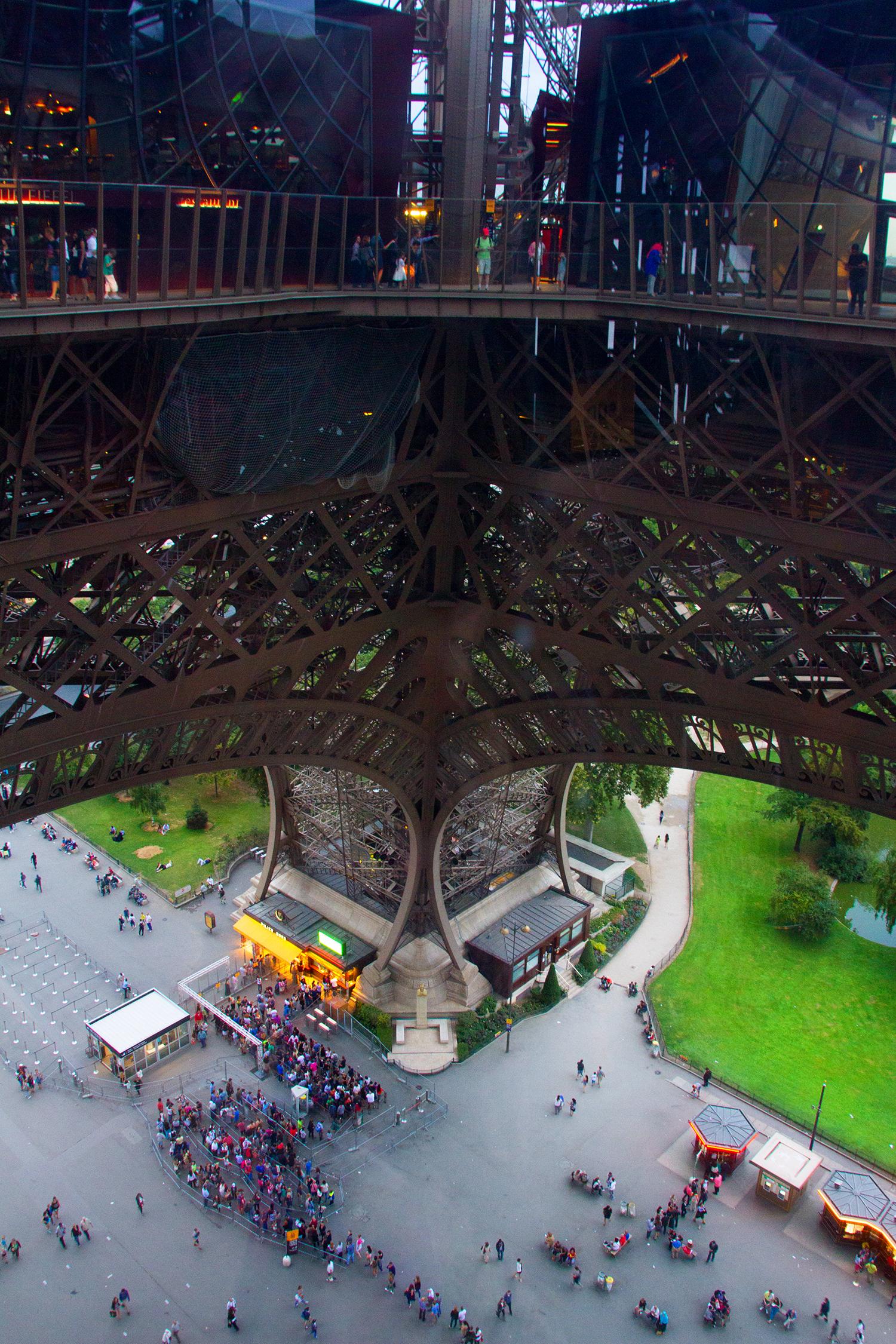 Beklimmen en bezoeken van de Eiffeltoren