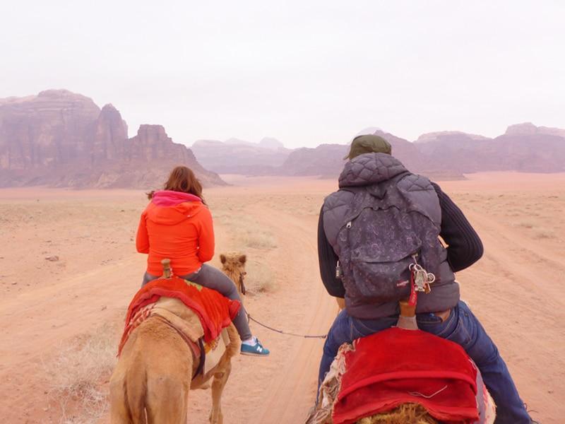 kameelrijden, kameelrijden, kamelentochtjordanie, jordanie, jordan, kameelrijden door jordanie, kameelrijden wadi rum, wadi rum, wadi rum jordanie,