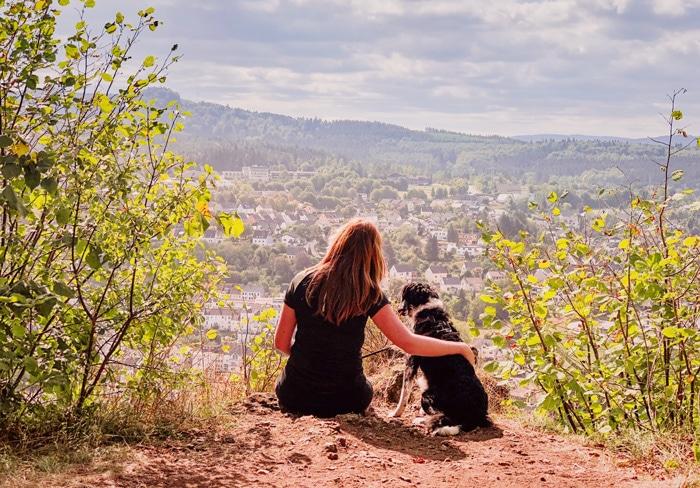 Wandelen met je hond in de Eifel