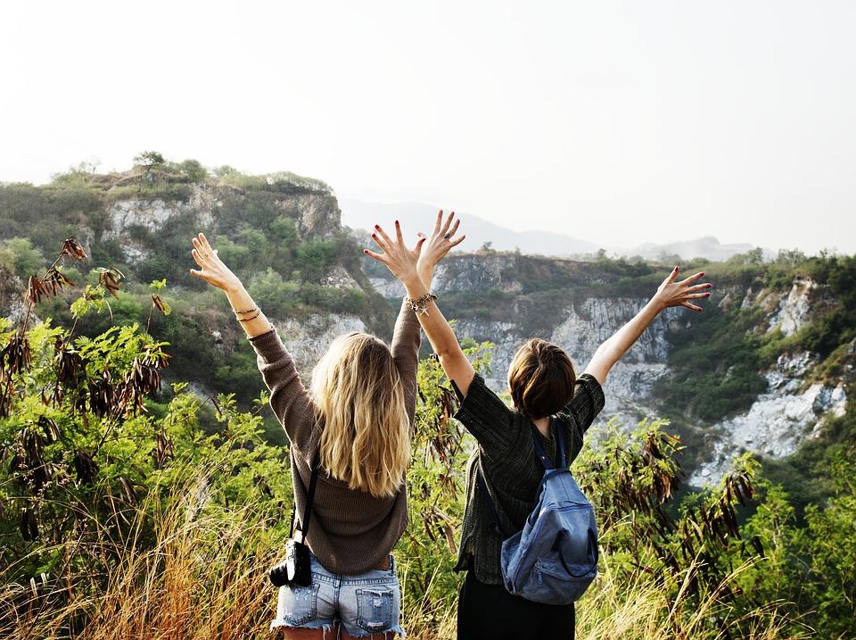 solo reizen, solo reiziger, solo reizigers, alleen reizen, apps voor alleen reizigers, apps om andere mensen te ontmoeten, apps voor de backpacker, backpacker, backpackers, 5 app voor de solo reiziger,