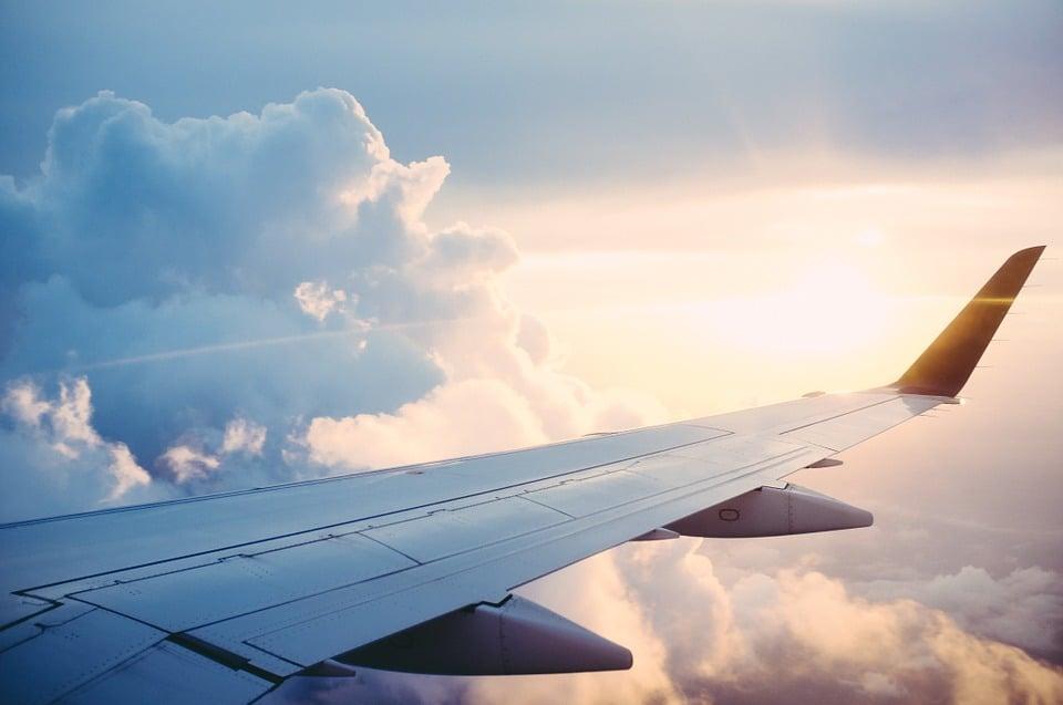 Goedkope vliegtickets boeken in 15 tips
